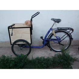 Áruszállitó kerékpár, háromkerekű bicikli